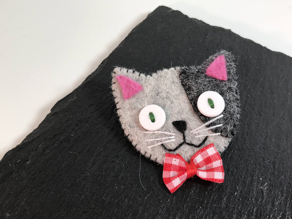 All Things Creative kitty cat felt brooch - Nice Things Ramsgate