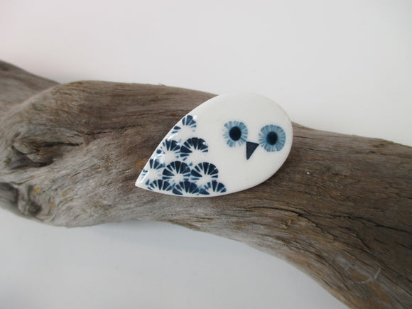Porcelain owl brooch by Katy Mai