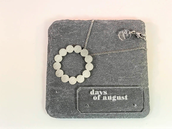 Days of August steel 'wreath' necklace