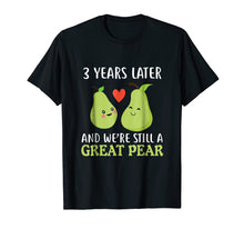 Afbeelding in Gallery-weergave laden, 3 Years Later And We're Still A Great Pear Anniversary Tee