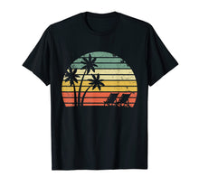 Afbeelding in Gallery-weergave laden, Vintage Beach Shirt Palm Trees Beach Chair Tshirt Cool Tee