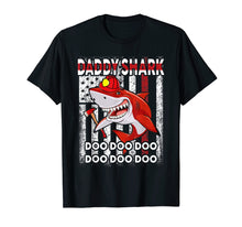Afbeelding in Gallery-weergave laden, Daddy Shark Doo USA Flag Funny Firefighter Funny T-shirt