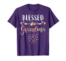 Afbeelding in Gallery-weergave laden, Blessed Grandma T-Shirt with floral, heart Mother's Day Gift