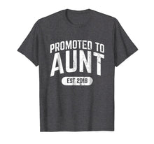Afbeelding in Gallery-weergave laden, Promoted to Aunt Established 2018 Tshirt