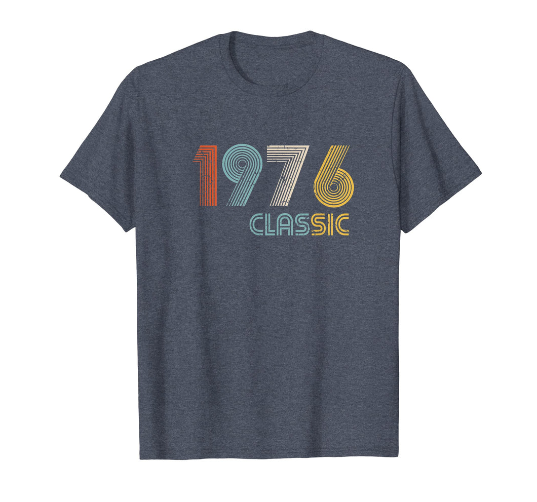 Classic Made In 1976 T-Shirt 43rd Birthday Gift