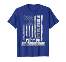 Afbeelding in Gallery-weergave laden, My Son Has Your Back Proud Air Force Mom T-Shirt