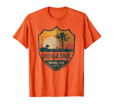 Afbeelding in Gallery-weergave laden, Joshua Tree National Park T-shirt Distressed joshua tree app