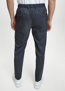 CALVIN KLEIN TRAVEL PANTS