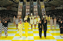Load image into Gallery viewer, LOUIS VUITTON CATWALK
