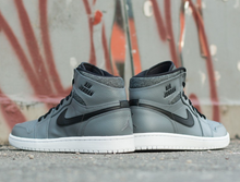 Load image into Gallery viewer, AIR JORDAN 1 HIGH RARE