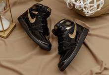Load image into Gallery viewer, AIR JORDAN 1 HIGH BLACK GOLD