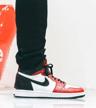 Load image into Gallery viewer, JORDAN 1 RETRO HIGH SATIN SNAKE CHICAGO