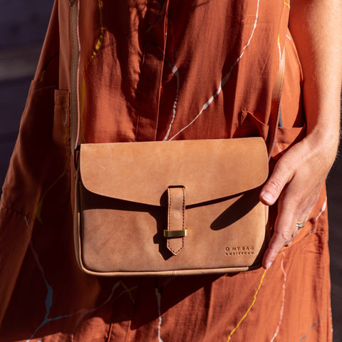 O My Bag Ally Bag Midi Camel Hunter