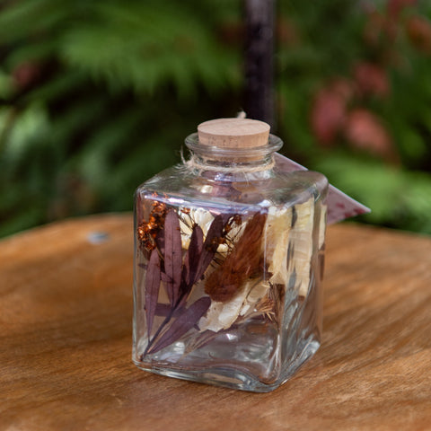Sunny Lifestyle Bottle Dried Flowers 9x7x7cm