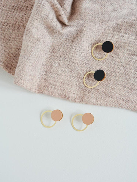 Pithy Saturno Circle Stud Earrings - Nude