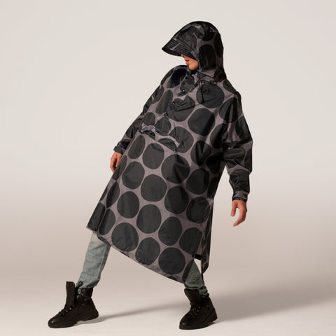 Rainkiss Poncho - Black Polka