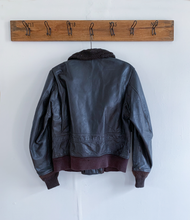 Load image into Gallery viewer, US Navy Brown G-1 Bomber Jacket