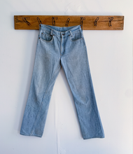 Load image into Gallery viewer, Levi's 70's