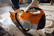 Load image into Gallery viewer, STIHL TS 410