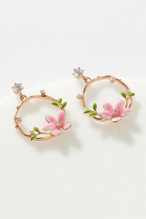 FLORAL WREATH STUD