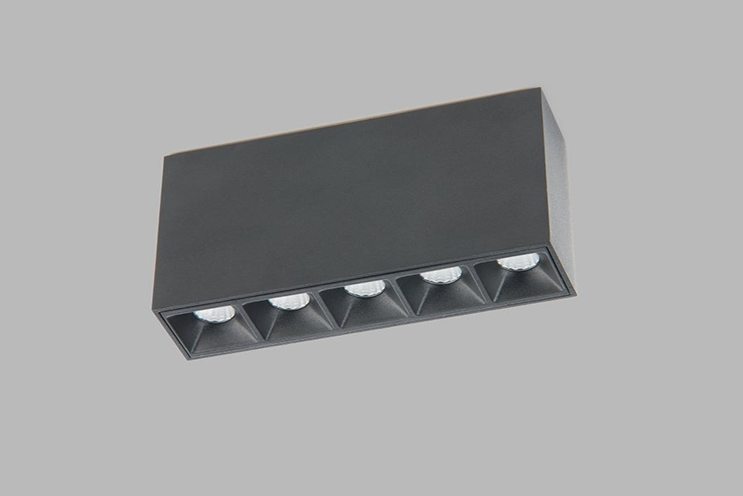 Surface IP20 LED luminaire Linear on 5