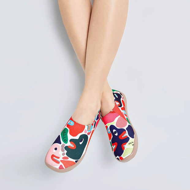 UIN Footwear Women Hola, There Canvas loafers