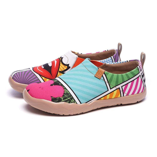 UIN Footwear Women Kiss On the Chic Pop Art Female Shoes Canvas loafers