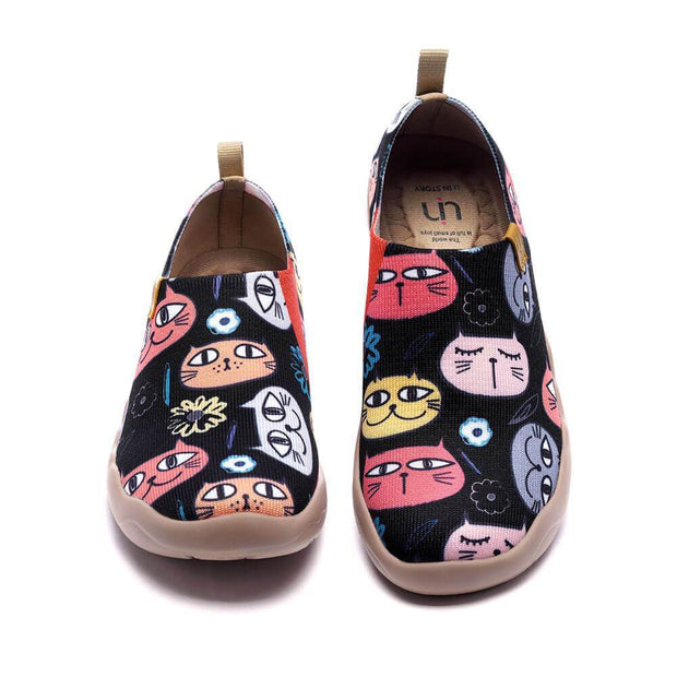 UIN Footwear Women Toms and Kitty Canvas loafers