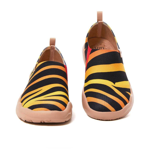 UIN Footwear Women Zebra Women Canvas loafers