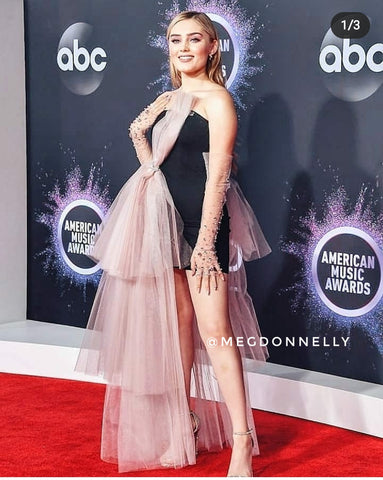 Meg Donnelly wearing Asymmetric Midi Dress with pink bow by Morphine Fashion on American Music awards