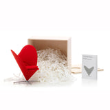 Miniatura - Cadeira Heart-Shaped Cone Chair