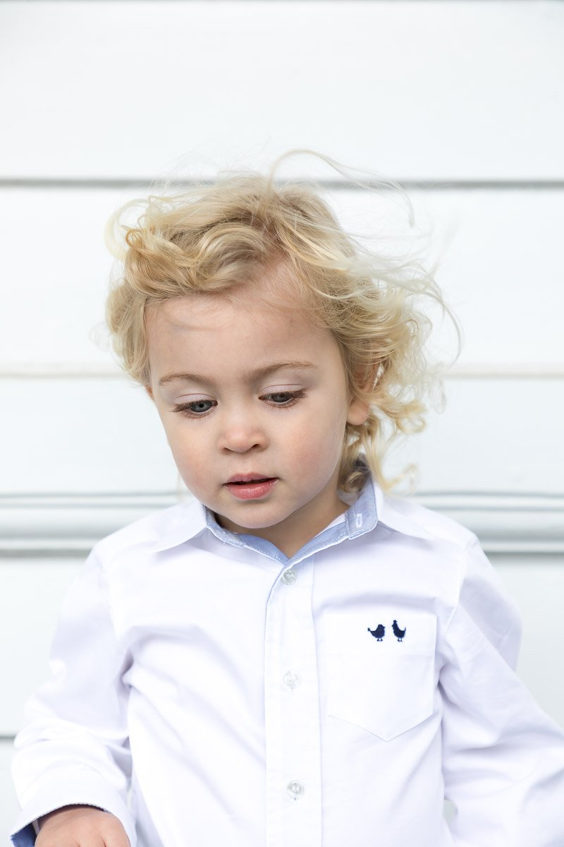 BOYS WHITE SHIRT WITH CONTRAST CUFF AND COLLAR