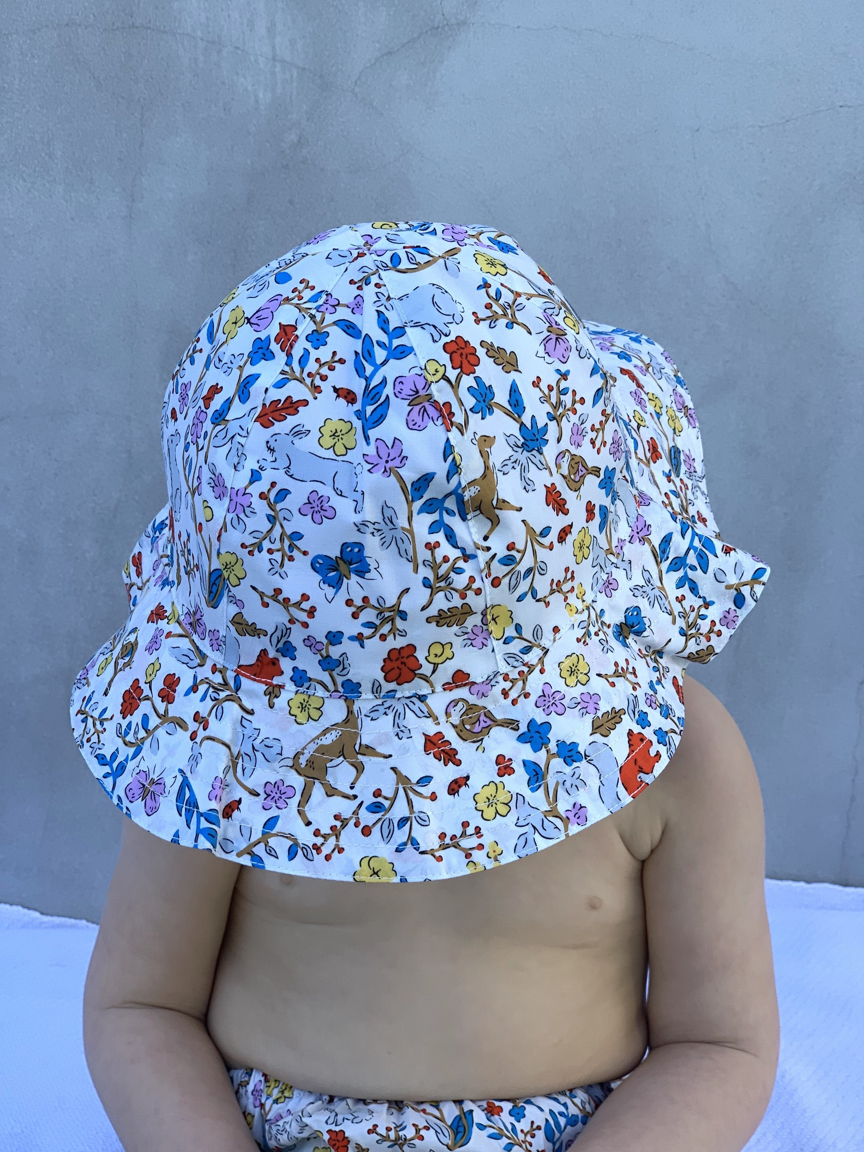 FLORRIE HAT IN FOREST PRINT