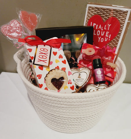 Cupid's Crush Basket
