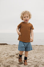 Laden Sie das Bild in den Galerie-Viewer, Minimalisma Shorts Norse Organic Cotton