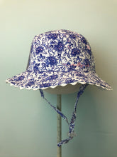 Load image into Gallery viewer, NEW Millymook Sun Hat Girls Reversible Kaya Blue