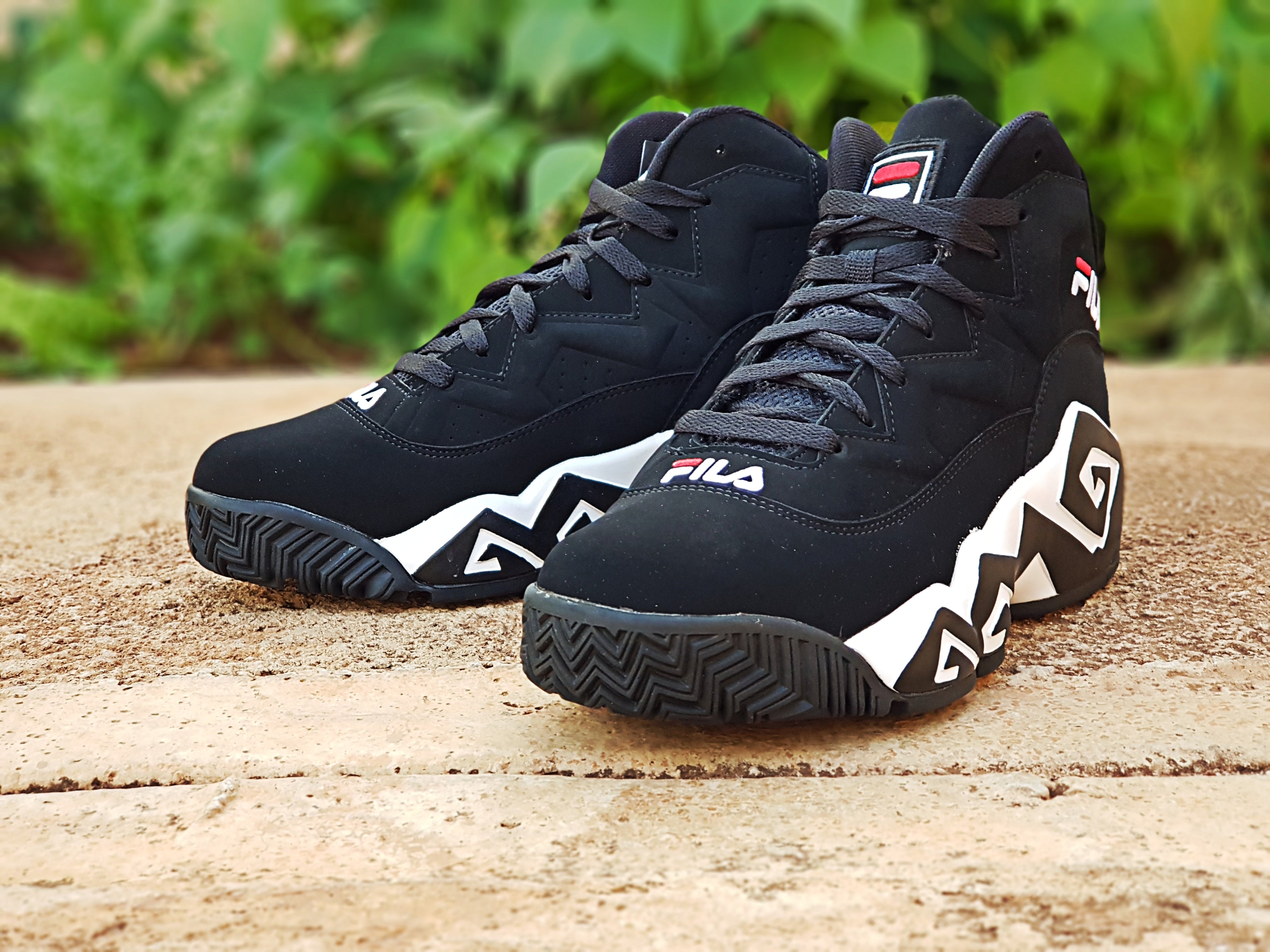 Picture Set: Fila MB (Under the Lights)