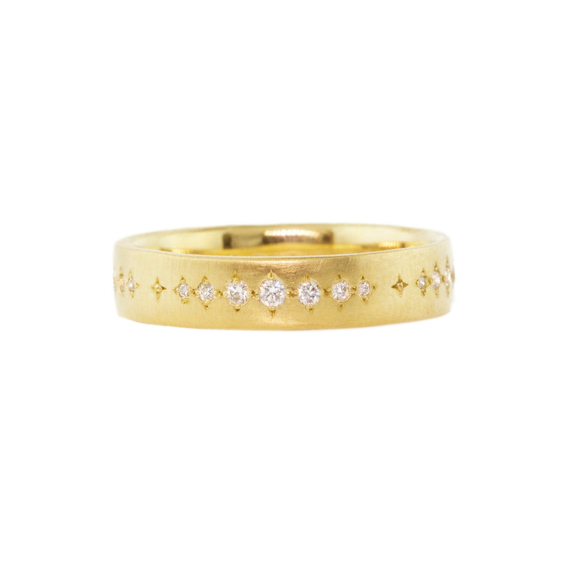 yellow gold graduated diamond ring