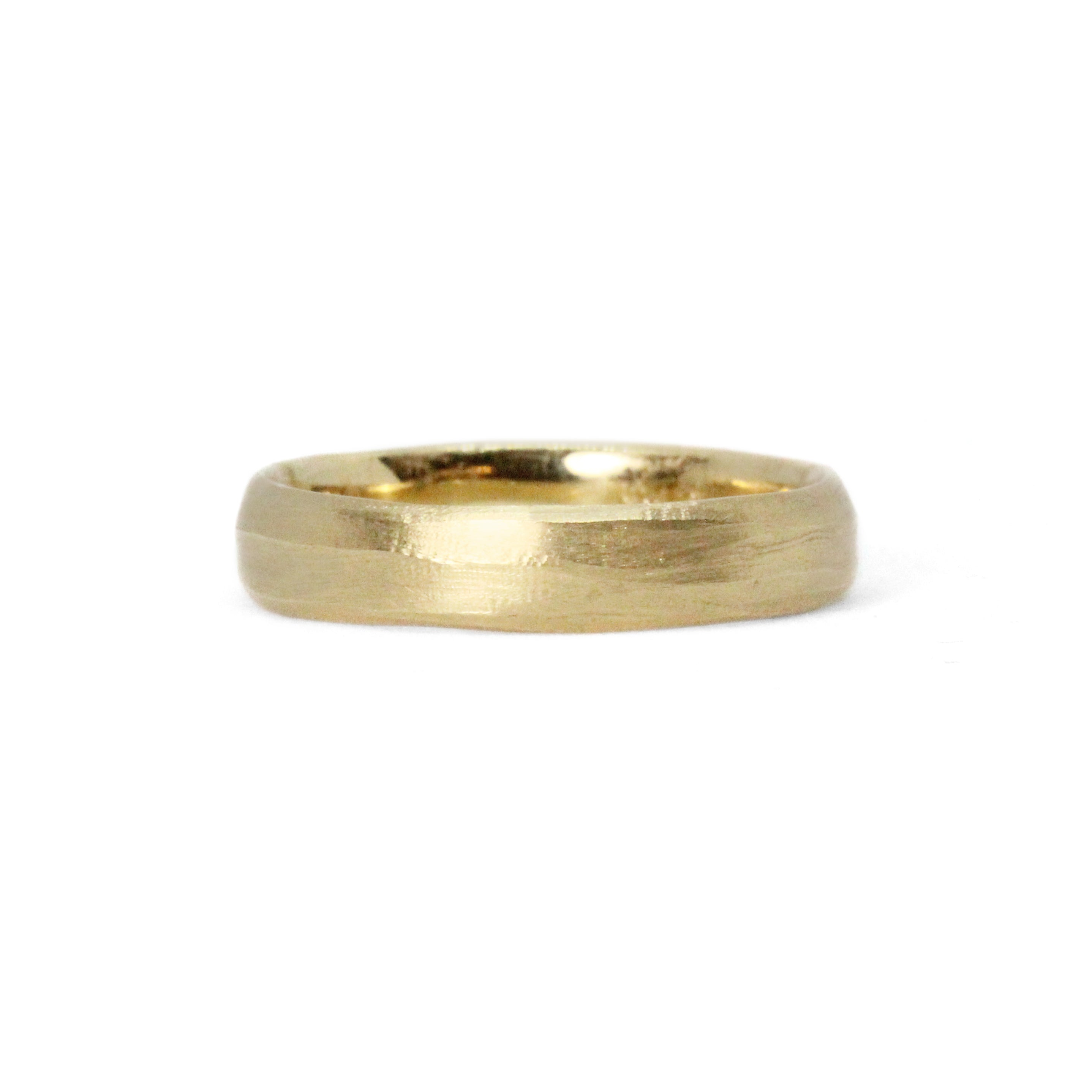 yellow gold stream band ring