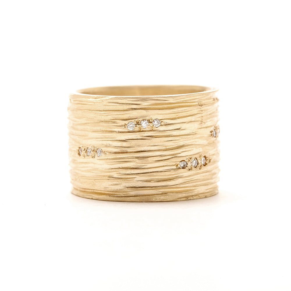 yellow gold wide carved lines diamond ring