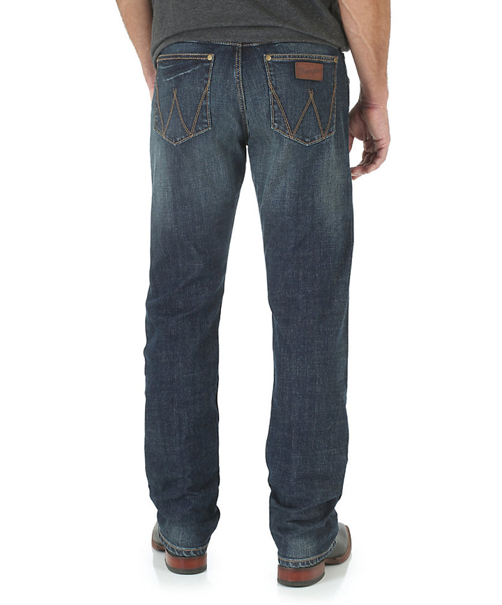 Wrangler Retro® Slim Straight Fit