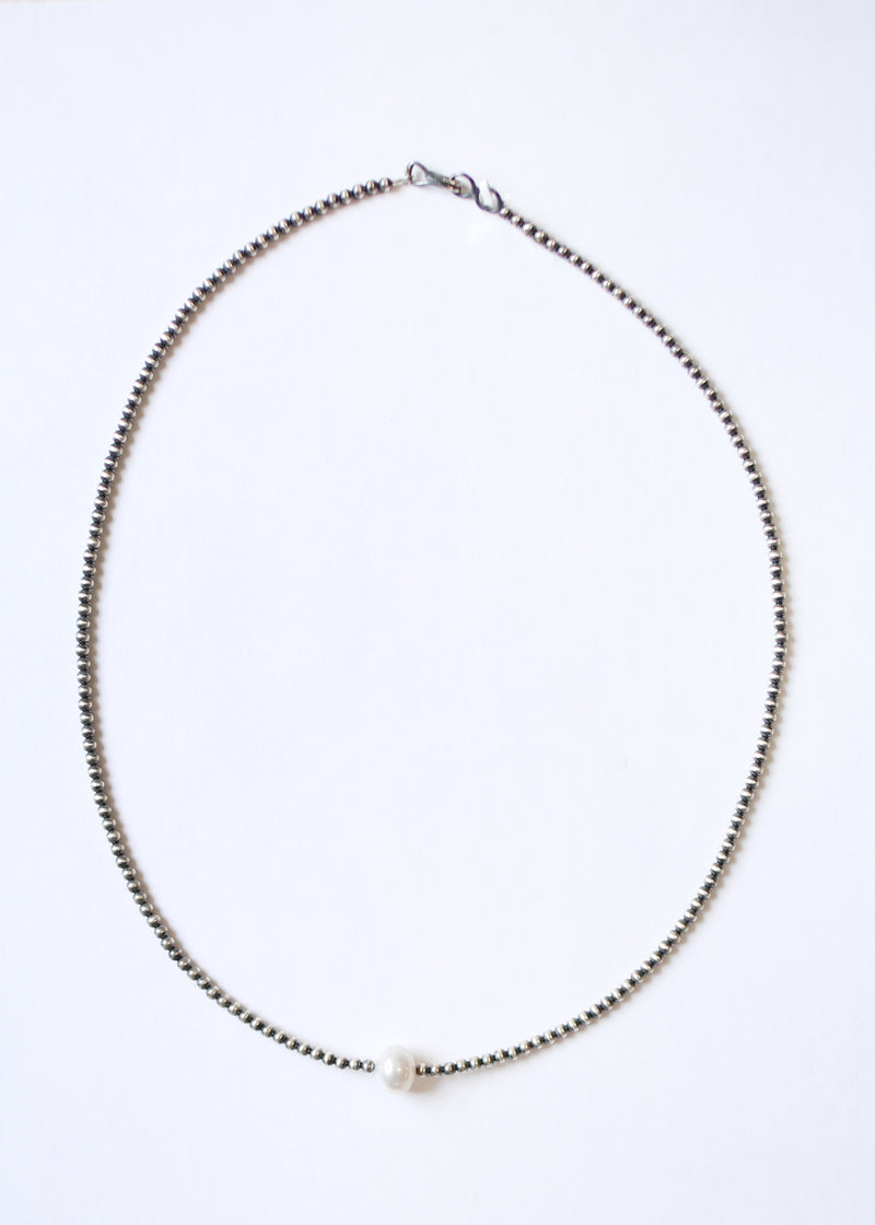 Single White Pearl Navajo Pearl 3mm Beaded Necklace 20""