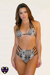 2019 High Waist Strappy Eyelet Swimsuit Set - Faux Leopard Animal Print