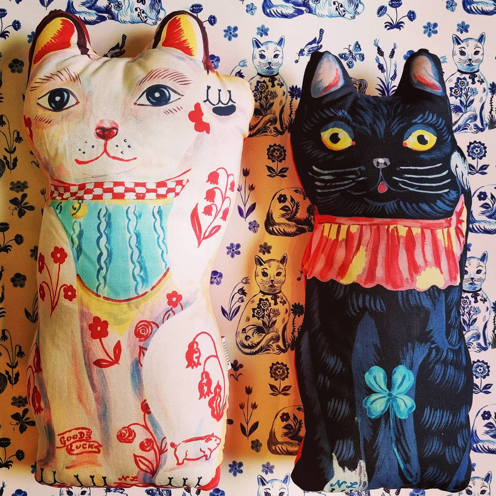 Evocative of the classic cloth kits dolls of the 70s, these fantastically bonkers dolly lucky cats are created by our favourite illustrator Nathalie Lete.  Stuffed printed cotton dollies are suitable for spot cleaning!
