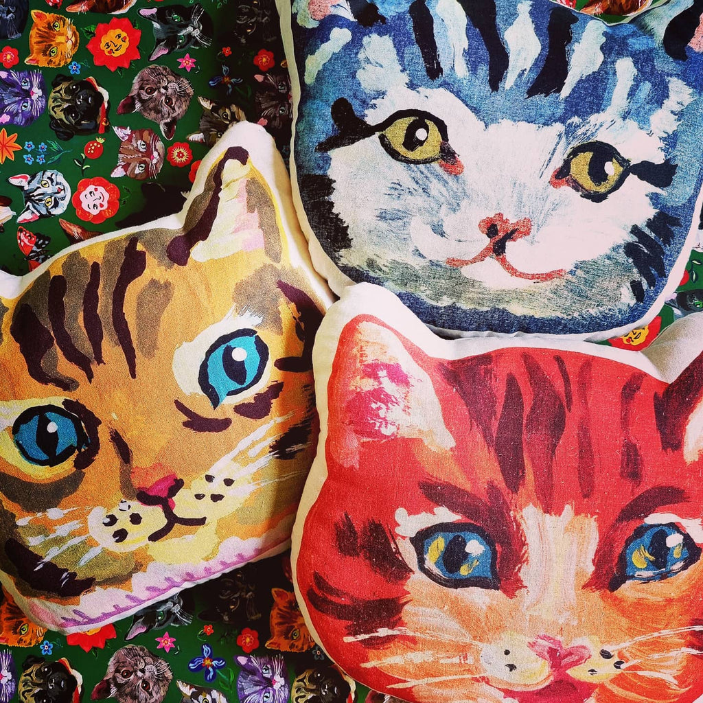 Super surreal and fantastically kitsch, these Nathalie Lete cats come to life in these stuffed cushions. Printed cotton. Approx 32 cm diameter.  Suitable for spot cleaning.