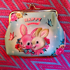 Kitsch coin purse