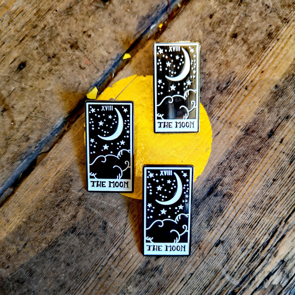 Moon and stars tarot enamelled pin