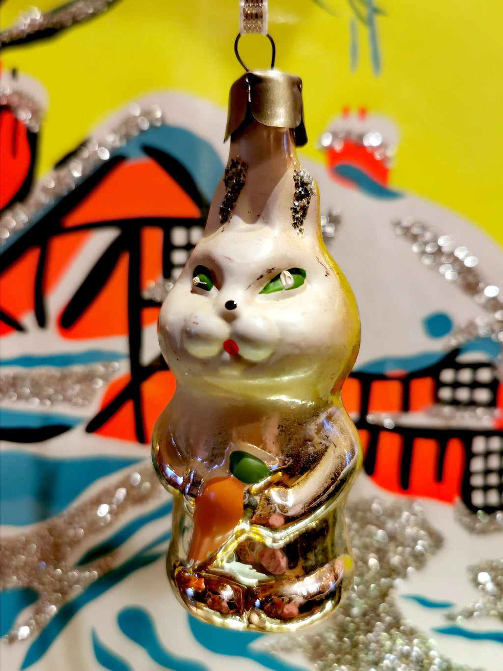 Gorgeous vintage mercury and painted glass white coloured pastel fairytale hare christmas ornament from the former Soviet Union. Beautifully hand made and decorated. This dates from the 1960s/70s Once you start collecting these it is difficult to stop!!  Made of glass with a steel top and is all original, to be handled and cleaned gently.  Dimensions 9cm high