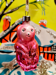 Gorgeous vintage mercury and painted glass peachy coloured pastel bear christmas ornament from the former Soviet Union. Beautifully hand made and decorated. This dates from the 1960s/70s Once you start collecting these it is difficult to stop!!  Made of glass with a steel top and is all original, to be handled and cleaned gently.  Dimensions 9cm high