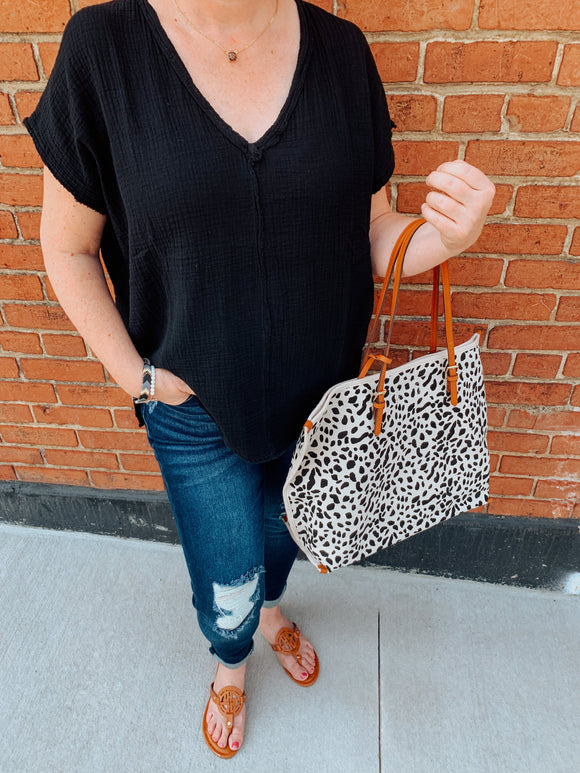 Grace Lightweight Top-Carolyn Jane's Jewelry